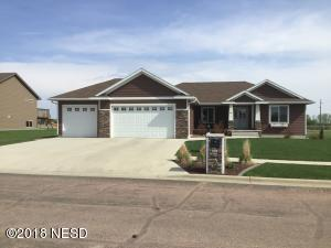 215 23RD AVENUE NW, Watertown, SD 57201