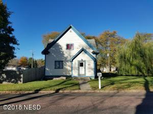 507 9TH STREET NE, Watertown, SD 57201