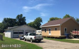 19 11TH STREET SW, Watertown, SD 57201