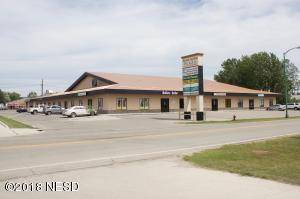 921 10TH AVENUE SE, Watertown, SD 57201