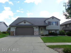1618 7TH STREET NE, Watertown, SD 57201