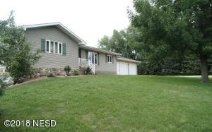 5523 7TH AVENUE SW, Watertown, SD 57201