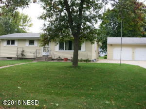 709 5th Ave S., Clear Lake, SD