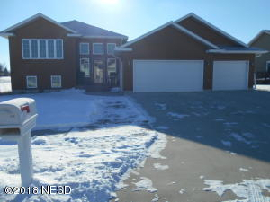 1826 LINCOLN AVENUE NE, Watertown, SD 57201