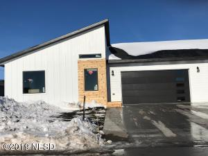 2331 PALISADES LANE, Watertown, SD 57201
