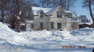 110 E HARRY STREET, Castlewood, SD 57223