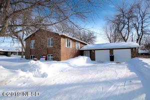 204 15TH STREET NE, Watertown, SD 57201