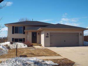 1805 5TH STREET NE, Watertown, SD 57201