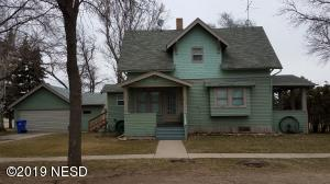 910 1ST AVENUE N, Lake Norden, SD 57248