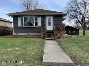 214 E 10TH AVENUE, Milbank, SD 57252