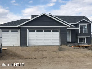 1825 WASHINGTON DRIVE, Watertown, SD 57201