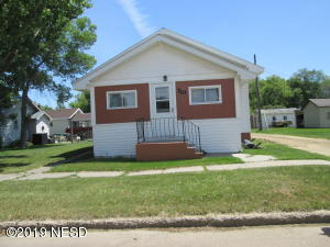 710 S MAPLE STREET, Watertown, SD 57201