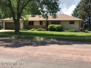1307 CRESTVIEW DRIVE, Watertown, SD 57201