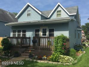 325 N MAPLE STREET, Watertown, SD 57201