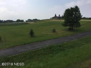 PRAIRIE HILLS CIRCLE, Watertown, SD 57201