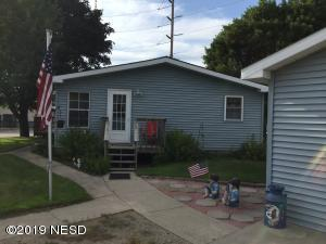 1507 10TH AVENUE SW, Watertown, SD 57201