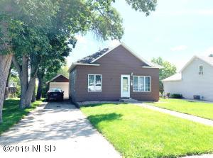 716 3RD STREET NE, Watertown, SD 57201