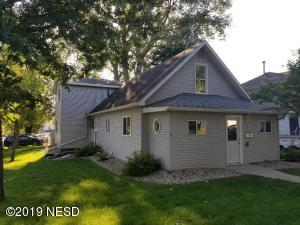 620 N PARK STREET, Watertown, SD 57201