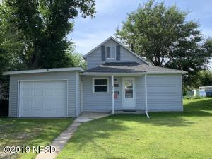 308 W 7TH AVENUE, Milbank, SD 57252