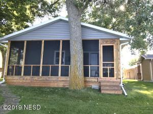 1244 S LAKE DRIVE, Watertown, SD 57201