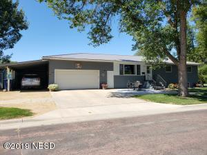 405 2ND STREET SW, Watertown, SD 57201