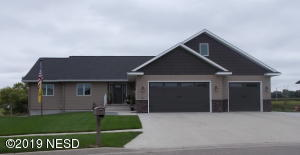 1267 CHERRY DRIVE, Watertown, SD 57201