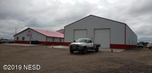 700 14TH AVENUE SE, Watertown, SD 57201