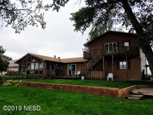 720 N LAKE DRIVE, Watertown, SD 57201