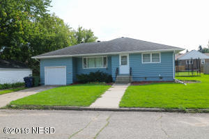 110 9TH AVENUE NW, Watertown, SD 57201