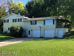 322 9TH STREET W, Clear Lake, SD 57226