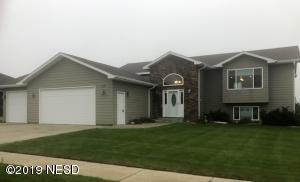 318 23RD AVENUE NW, Watertown, SD 57201