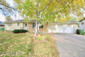 1226 2ND STREET NE, Watertown, SD 57201