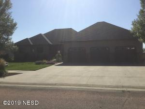 2307 GRANT DRIVE NW, Watertown, SD 57201