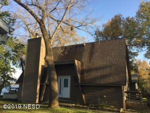 1242 S LAKE DRIVE, Watertown, SD 57201