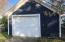 Extra garage/shed for your tools and lake items