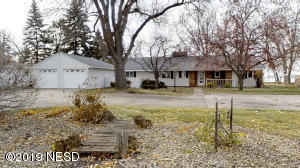 222 N LAKE DRIVE, Watertown, SD 57201