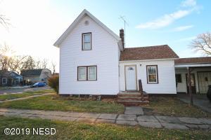 301 3RD AVENUE SW, Watertown, SD 57201