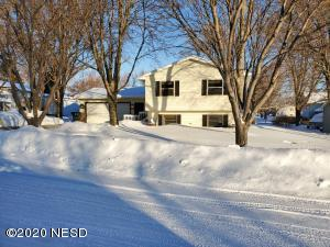 2609 4TH AVENUE NW, Watertown, SD 57201