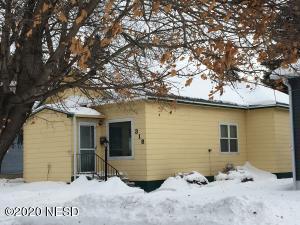318 S MAPLE STREET, Watertown, SD 57201