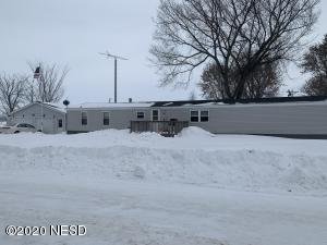 106 N. WALNUT AVENUE, Badger, SD 57214