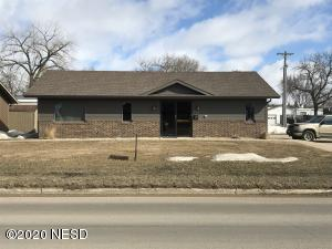 414 10TH STREET NW, Watertown, SD 57201