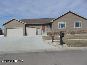 207 23RD AVENUE NW, Watertown, SD 57201
