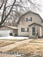 210 5TH AVENUE NW, Watertown, SD 57201