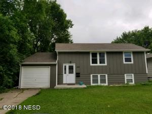 220 W 6TH AVENUE, Milbank, SD 57252