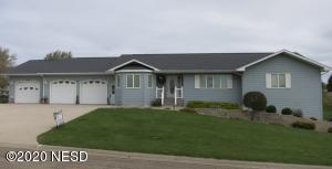 901 7th St W., Clear Lake, SD 57226