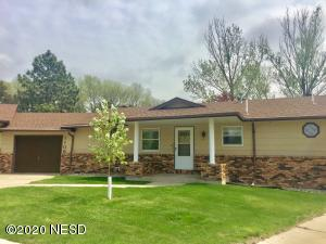 1106 N RIVER VIEW COURT, Watertown, SD 57201