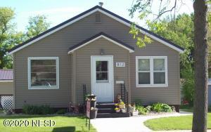 812 3RD AVENUE SE, Watertown, SD 57201