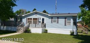 1931 10TH AVENUE SW, Watertown, SD 57201