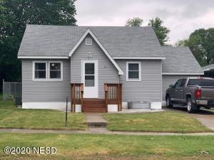 711 2ND AVENUE S, Clear Lake, SD 57226