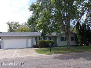 312 7TH AVENUE SW, Watertown, SD 57201